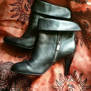 Michael Kors Leather Zipside Ankle Boots Size 8
